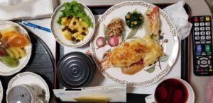 かみや母と子のクリニックの食事2